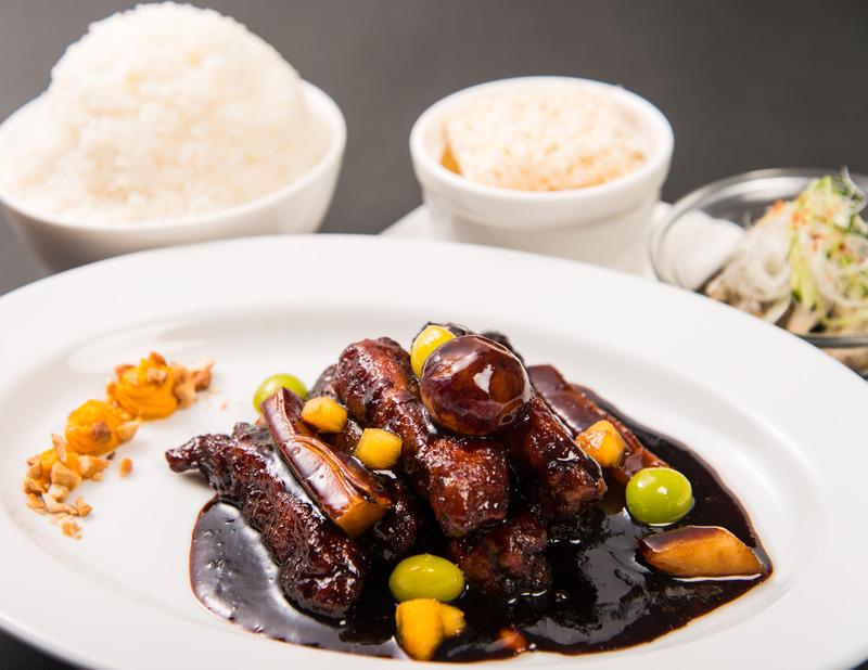 SHAN FANG(シャンファン)[中国料理]_季節の酢豚「旬果秋豚」