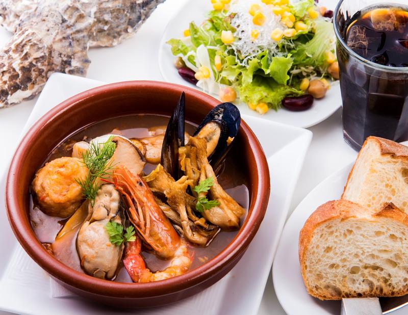 VENGA VENGA[スペイン バル]_秋食材のスペイン風ぜいたくブイヤベー
