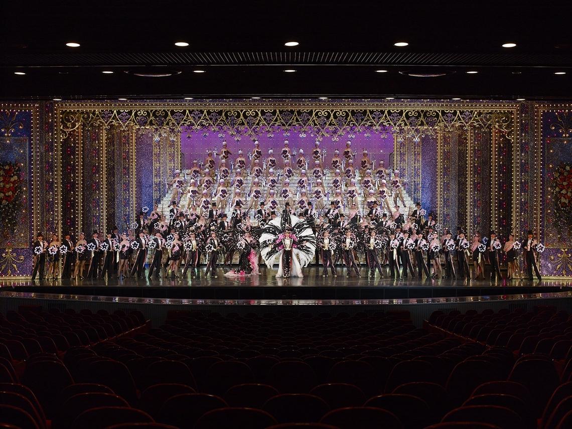 アジアコスモポリタン賞文化賞を受賞した宝塚歌劇団