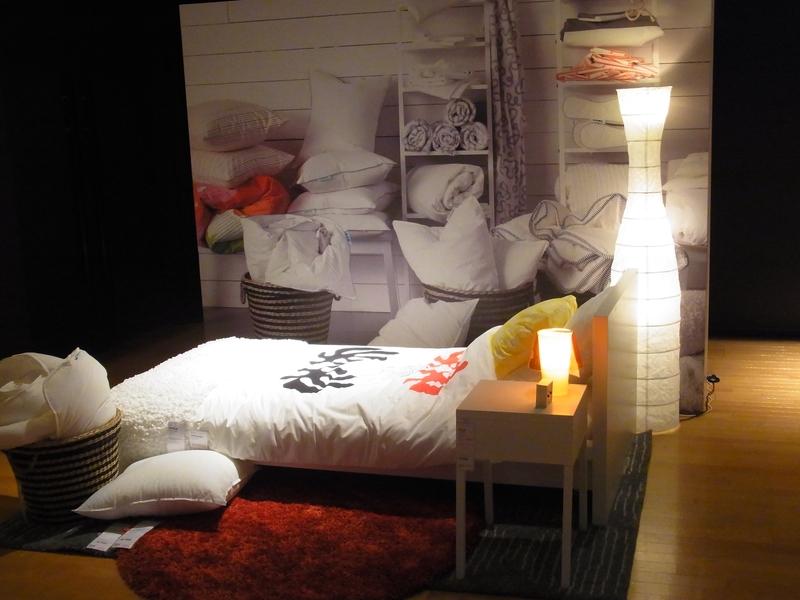 会場では、同社製品を使った快適なベッドルームの提案も行った