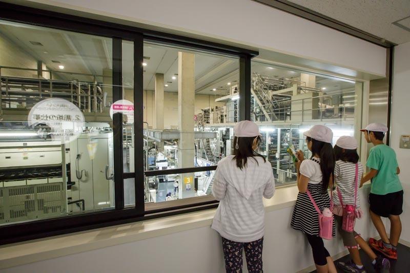 クロのフロア「印刷工場見学&体験コーナー」
