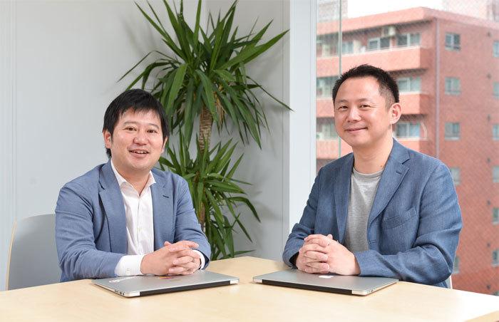 マネーフォワード・辻氏(左)と電通・中嶋氏