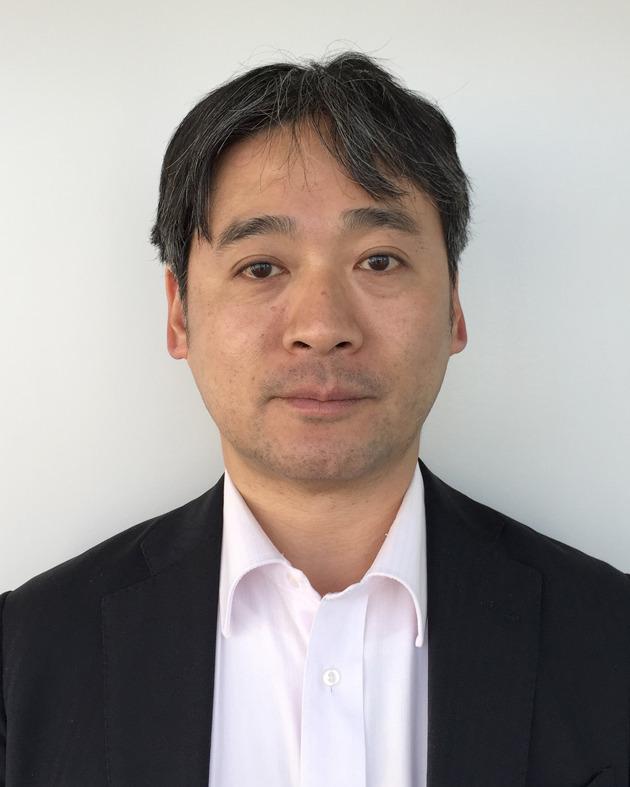 村越力氏 電通総研 主任研究員