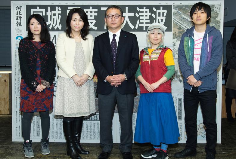 左から佐藤さん、下長瀬さん、佐藤東京支社長、はらださん、ムトウさん